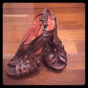 Awesome brown leather via Spiga Sandals